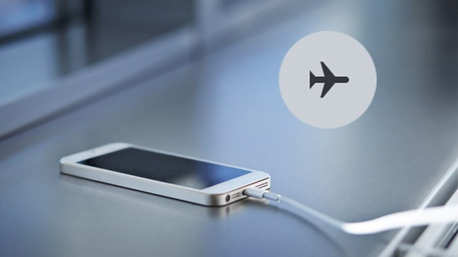 Để điện thoại ở chế độ máy bay giúp sạc pin nhanh hơn